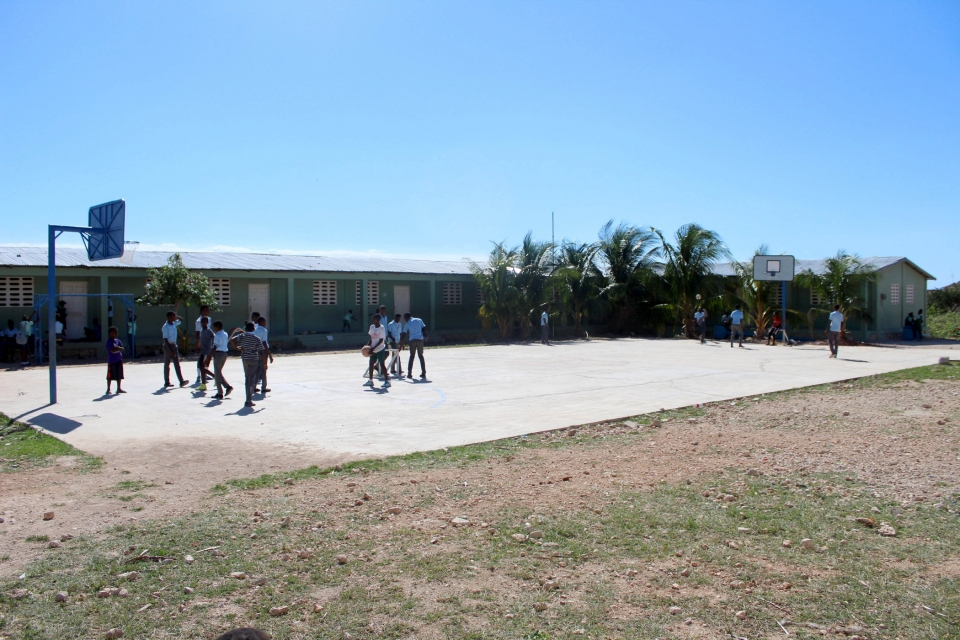 At our St Dominique site in Haiti, children attend school and activities within a central compound. Orphans and staff who live on-site at the orphanage also have their sleeping quarters nearby. The security and convenience of having things located in a central area is reassuring and fosters a sense of community. One of the favourite areas of the compound is the basketball court, which is always bustling with activity! Basketball is a beloved sport and is certainly a top passion for many of the children at St Dominique's.