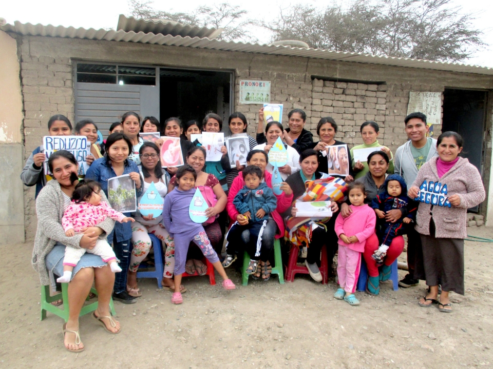 In 2019-2020, our Chiclayo site grew by 75 new sponsored children! This picture was taken on a training day for parents who are new to our Chalice Family Circles. Our Chiclayo site has been building Family Circles for the past four years. They've seen many mothers grow to become empowered entrepreneurs. Through financial training, the mothers learn how to budget sponsorship funds and other income to send their children to school, buy nutritious food, and keep their families healthy. Many also become leaders in their communities thanks to the other skills they develop.